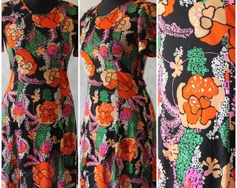 Vintage 1960s Flower Power Mod Psychedelic Mod Floral Party Hippy Mini Dress 6/8