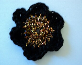 10 flowers in black and gold CROCHET for SCRAPBOOKING