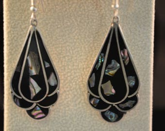 Silver, onyx and abalone drop earrings. Made in Mexico