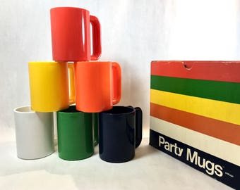 Party Mugs Ingrid Ltd Plastic Mid Century MOD Design Mugs Chicago NOS Retro Kitchen Mug Cup Set of 6
