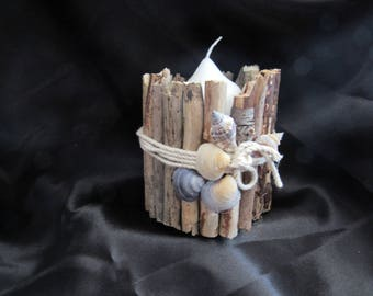 Driftwood and shells candle