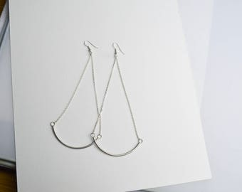 Hanging curved bar earrings