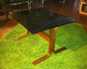 Westnofa Siesta table by Ingmar Redding