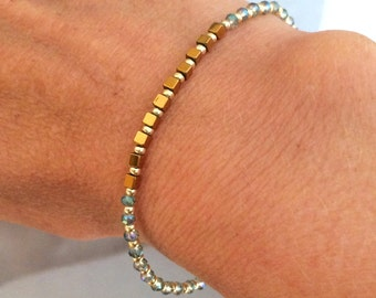 Labradorite crystal stretch bracelet tiny gold Hematite gemstone bead bracelet skinny stacking jewellery minimal dainty beaded Jewelry gift