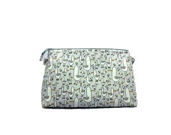 Gulls, Knitting Project Bag - Large, Sock Knitting Bag, Zippered Project Bag, Wedge Bag, Travel Bag, Cosmetics Bag