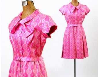 Vintage 1960's Pink Bergdorf Goodman Dress   Couture 60's Silk Print Mini Dress   Bow Neckline   Short Sleeves   Belted Waist   Size Small