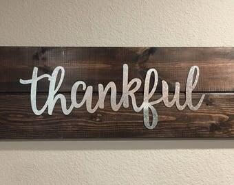 Thankful Wood Sign Wall Decor