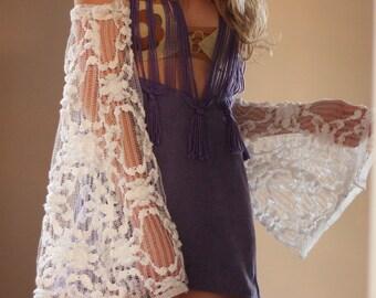 pair of angel lace sleeves