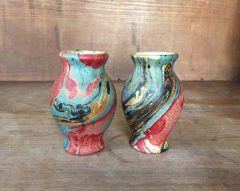 """Pair Early Bauer Pottery 4""""Louis Ipsen Swirl Decorated Cabinet Vases Hard to Find"""