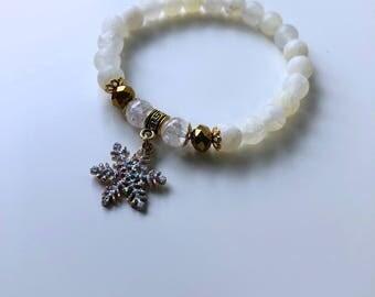 Natural Pearl Bracelet: Agate, Swarovski & snowflake