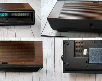 Vintage General Electric GE Woodgrain Alarm Clock AM/FM Radio - 1980s - Rare Tested & Works Great