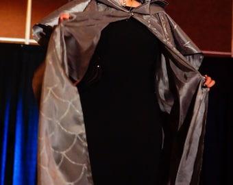 Grey elven cloak. Silver-gray wizard cloak. Cosplay cloak. Masquerade ball cloak.