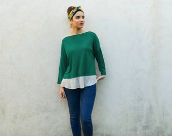 Emerald top with long sleeves, voile in pearl from the bottom edge, green tee-shirt,