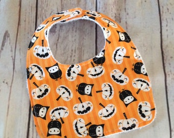 Pumpkins and owls Halloween baby bib, Muncheeks, baby bibs, handmade