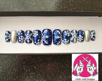 Christmas Snow Flake Swarovski Hand Painted False Nails | Little Nail Designs
