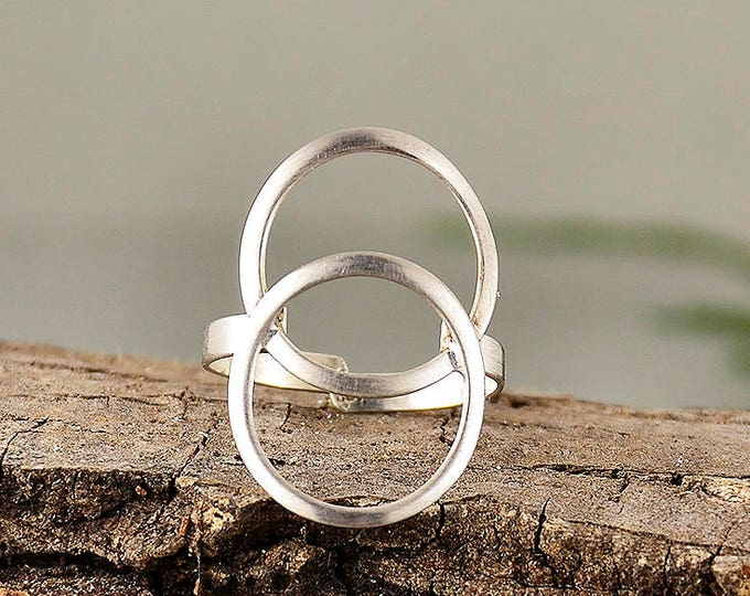 Featured listing image: Sterling silver circle ring, eternity circle ring,  best friends gift, minimalist ring, double round jewelry, dainty ring,middle finger ring