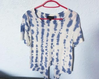 Vintage White/ blue Tie dye crop Tee Small