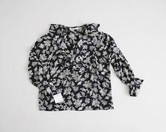 black floral blouse | 90s floral blouse | ruffle collar blouse