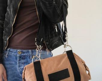 Small light brown leather handbag, shoulder bag, crossbody bag