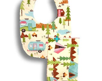 Bib & A Burp Cloth <<Gone Camping- Girl>>   Baby/Toddler/Drool//Pink//Blue//Green//Brown//Flowers//Forest//Trees//Tent//Trailer//Outdoors