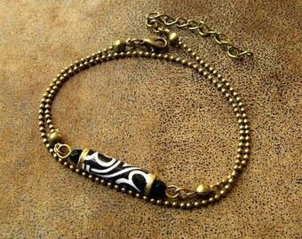 Ethnic bracelet, Bracelet double turn ~ * unique * ~ paper jewelry ~ Black and white Bracelet ~ Paper bead ~ Paper jewellery