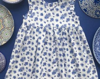 Little dress - porcelain