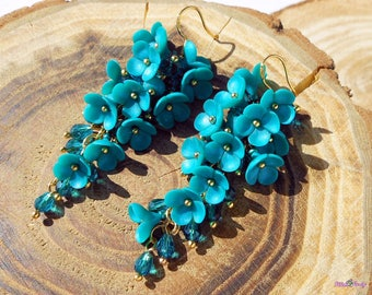 Turquoise Cluster Earrings Bridesmaid Jewelry Gift / Wedding Jewelry Bridesmaid long dangle earrings Gold Wedding jewelry Turquoise flowers