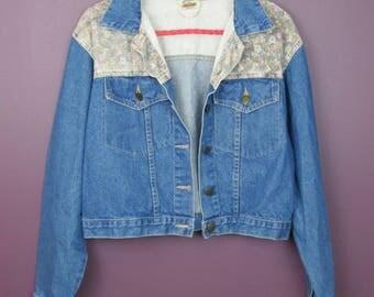 Vintage Floral Detailing Denim Jacket
