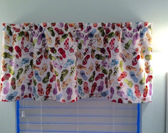 Flip Flop Valance-Beach Valance-Boat Curtains-Lake Valance-Coastal Valance-Nautical Valance-Beach Curtains-Lake Curtains-Flip Flop Decor