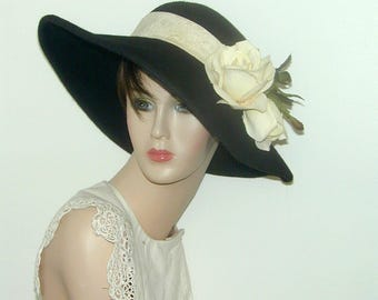 Miss Fisher Wide brim convertible posable wool hat