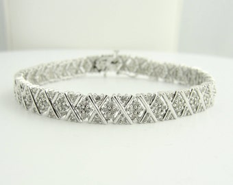 Diamond X Bracelet- 14 White Gold