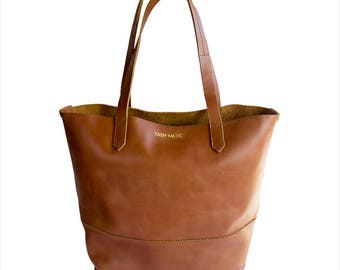 Harlow | Tan Brown Leather Tote Bag | Handmade Leather Carry All | Leather Tote