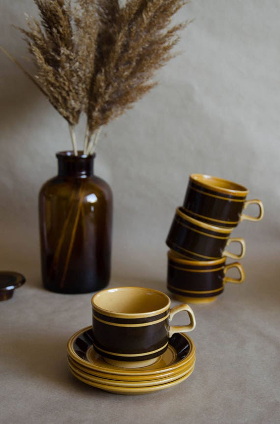 Vintage ceramic mug. Vintage pottery. Brown cups +Plates