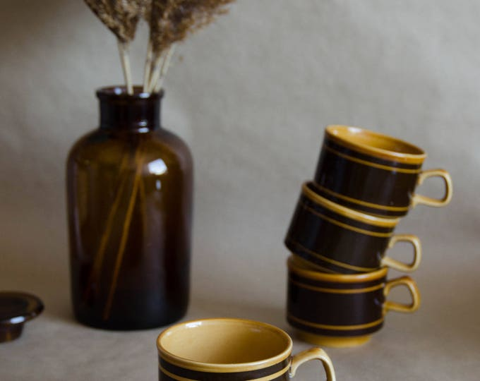 Vintage ceramic mug. Vintage pottery. Brown cups +Plates