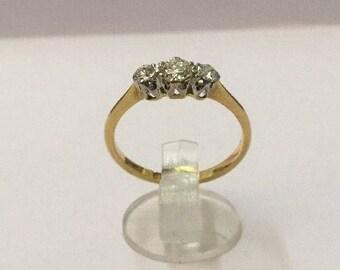 18ct Gold & 1/4ct Diamond Ring - Hallmarked - Size 5.5 (UK L)