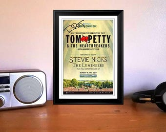 Tom Petty Hyde Park London 2017 Concert Flyer Autographed Signed Photo Print