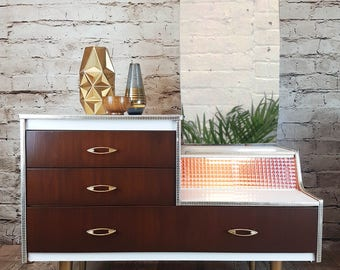 Stylish Vintage Dressing table (Part of a retro bedroom set)