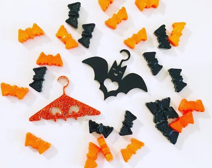 LIMITED EDITION Spooky Designer Doll Hangers Set - Monster High, EAH, Blythe