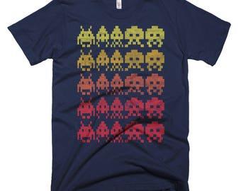 Invaders / Retro, Arcade, 80's   / Washed, Worn Style Print / Short-Sleeve Unisex, Graphic Navy TShirt
