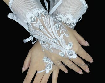 White Lace Fingerless Bridal Gloves Lace Flower Gloves, Lace Bridal Gloves, Short Lace Gloves, Wedding Gloves Applique Gloves Evening Gloves