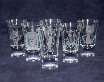 8 Rick & Morty etched SHOT GLASSES - Shot glasses for him her girlfriend boyfriend - Character gift collection - Christmas present