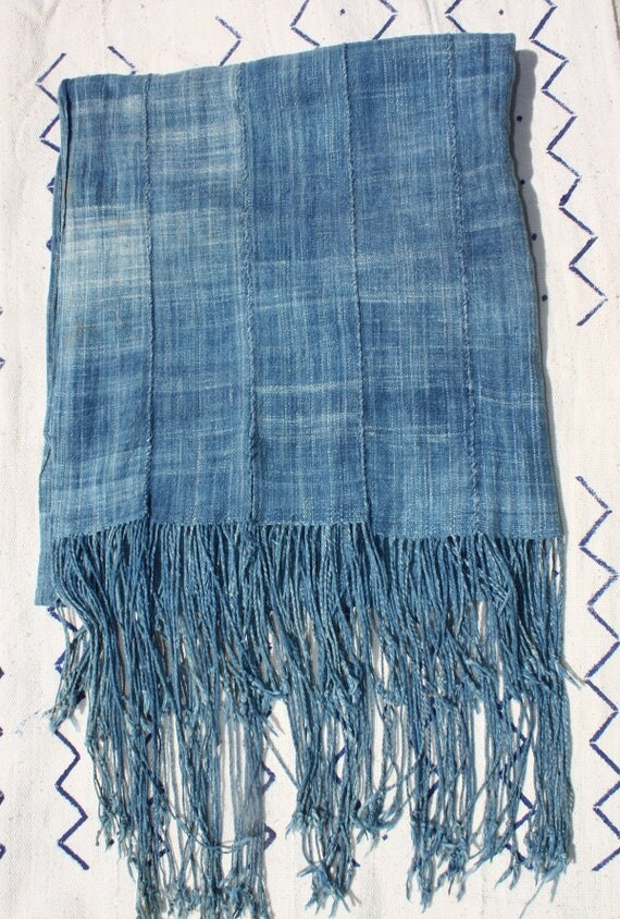 "Faded Indigo Mud Cloth Shawl,  African Mudcloth Scarf,  Tablerunner, Vintage  78"" x 28""  (including fringe) #267ISH"