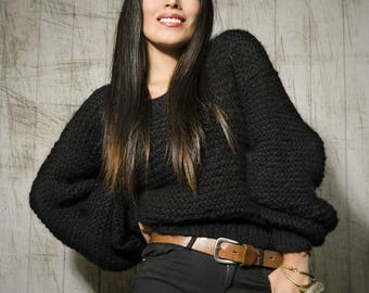 Sustainable oversized black hand knitted sweater with alpaca wool | Black sweater hand knitted with alpaca wool | Alpaca Sweater