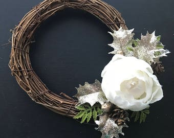 Flower Wreath, White Wreath, Silver Wreath, Winter Wreath, Gallery Wall, Mini Wreath, Photo Prop, Handmade Wreath, Holiday Wreath, Wreath