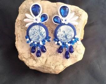 soutache earrings deep blue ivory, soutache, soutache jewelry, soutache jewels, soutache embroidery, handmade earrings, embroidered earrings