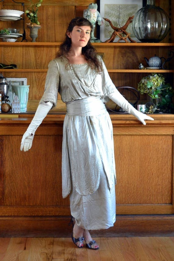 Elegant Era Dress | vintage 20's silver raw silk beaded evening gown | small