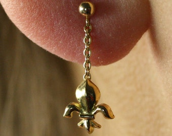 Pendant dangle gold earring gold fleur de lis gold