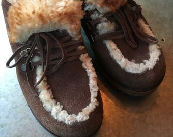 Wooden Clogs Matisse Fur Lined Sherpa Suede Lace Up Clogs Wooden Clogs Size 6