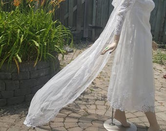1960's wedding dress with long veil/vintage Bridal Couture/
