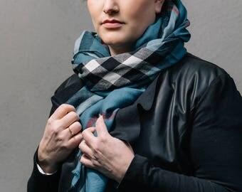 Outlander scarf // Tartan checks // denim blue
